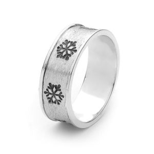 Men's Snowflake Ring with Black Enamel